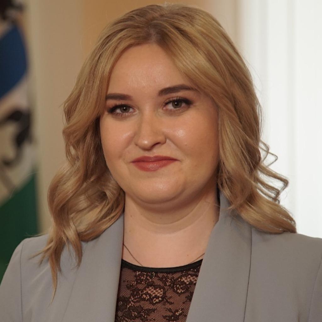 Яна Новик